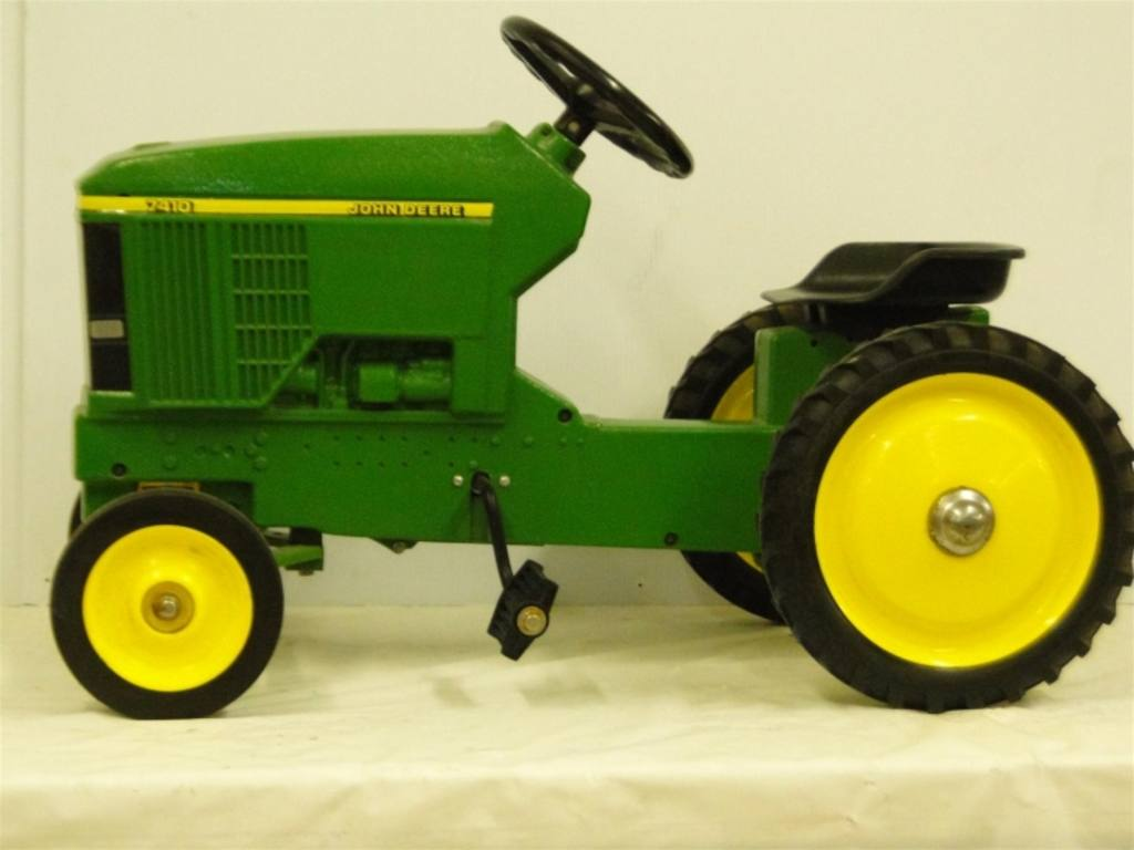 Pedal Tractor Replacement Parts : Ertl ford pedal toy tractor parts